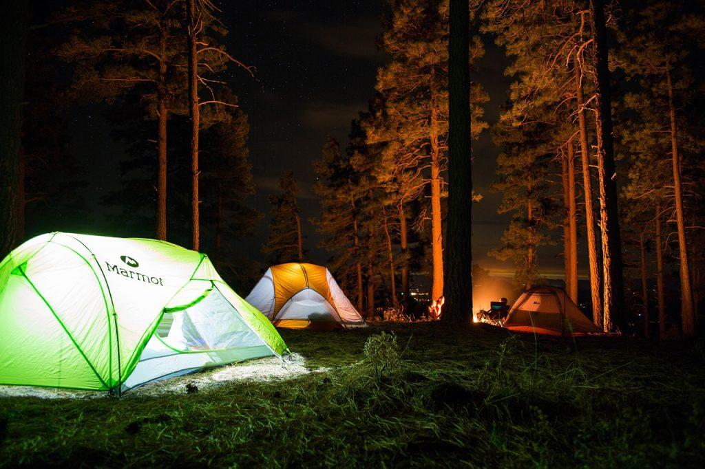 Should I Put a Tarp Under My Tent?