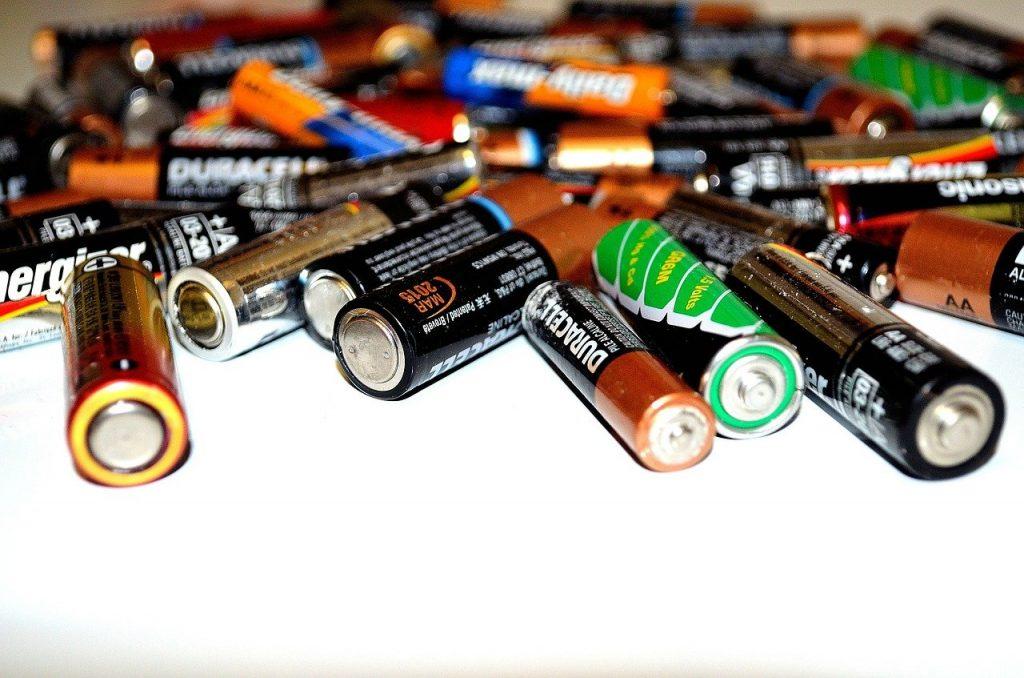 Do batteries work well with modern wireless headphones