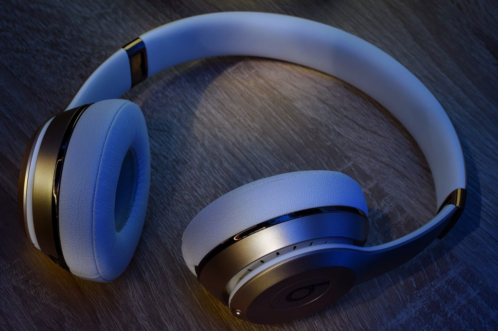 Is Bose better than Beats?