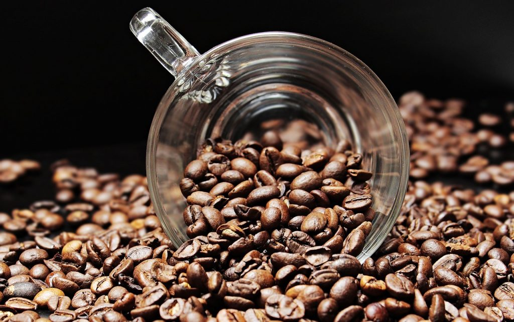 What's the difference between instant coffee and regular coffee