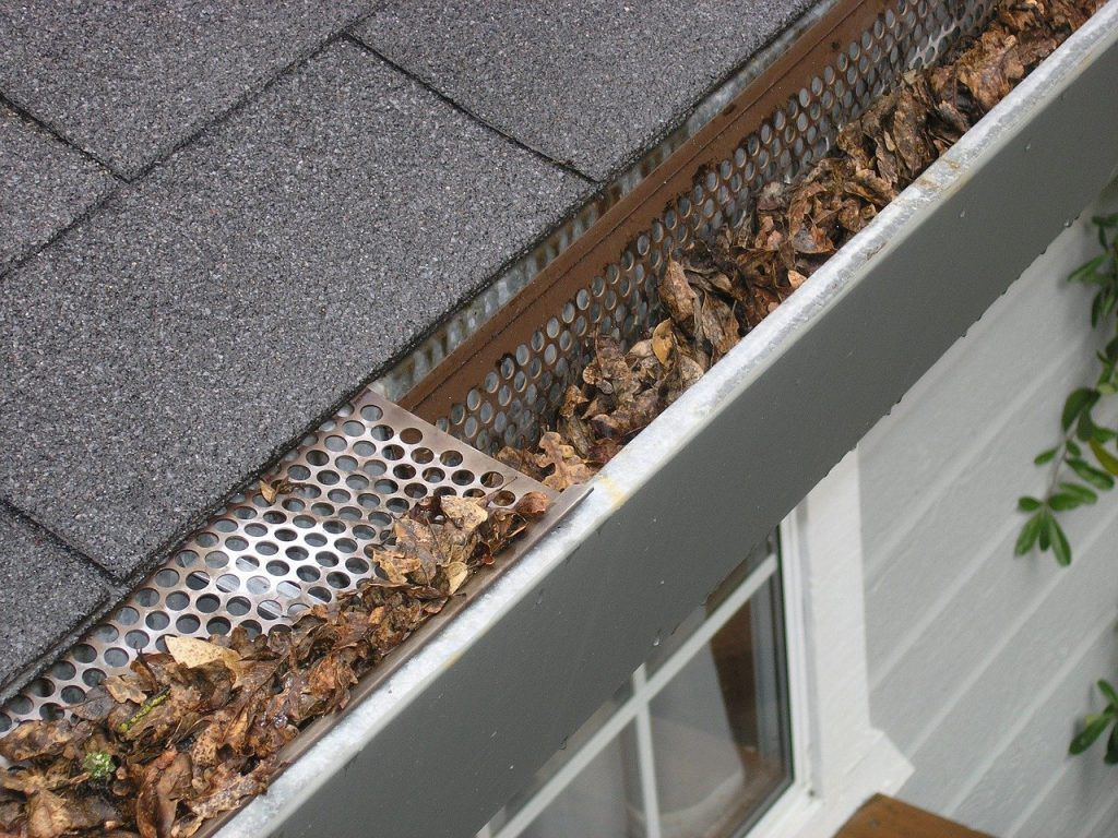 Do Gutter Guards Need to Be Cleaned?