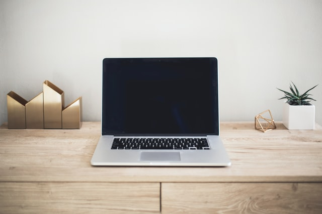 Key Features to Consider: 6 Tips for Buying a Laptop